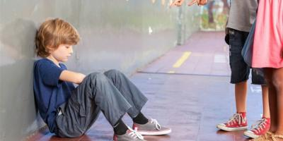 في حالة تعرضه للتنمر .. 6 نصائح بسيطة لمساعدة طفلك والسيطرة