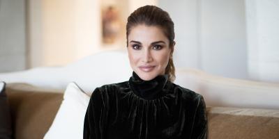 الملكة رانيا .. أجمل صورها العائلية بمناسبة عيد ميلادها