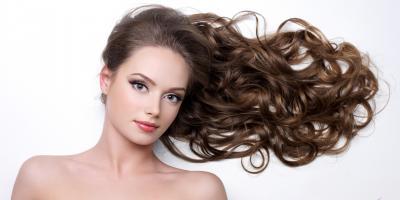 لتجنب التجعد.. إليكِ كيفية تجفيف الشعر بالطريقة الصحيحة