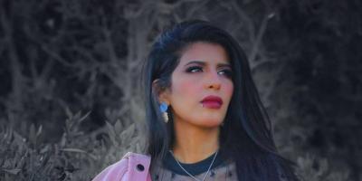 أروى عمر في أول ظهور بعد خروجها من السجن