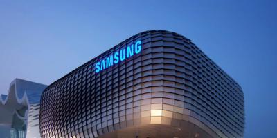 """""""سامسونغ"""" تبدأ الإنتاج الضخم لهاتف Galaxy Z Flip3"""