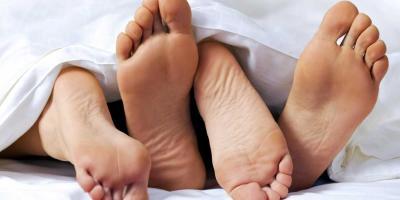 كيف تعرفين أن زوجك ليس له تجارب سابقة؟.. علامات تكشف لكِ