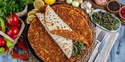 طريقة عمل اللحم بعجين على الطريقة التركية